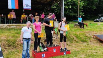 Naia in Arya ugnali vso konkurenco v Kamniku